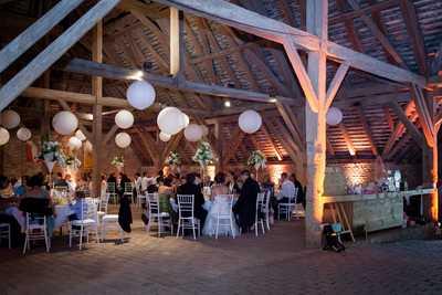 Hochzeit im Kreuzstadel Streitdorf feiern