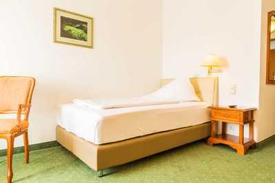 Smart XL Einzelzimmer im Hotel Dreikönigshof Familie Hopfeld