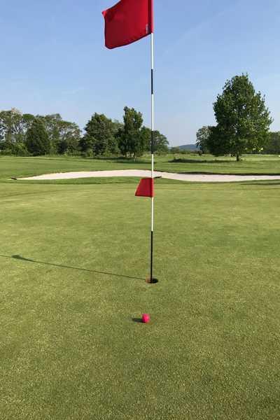 Golfplatz Spillern - Hotel Dreikönogshof Stockerau