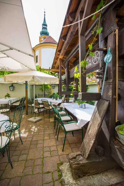 Familie Hopfeld Dreikönigshof - Gastgarten des Restaurants