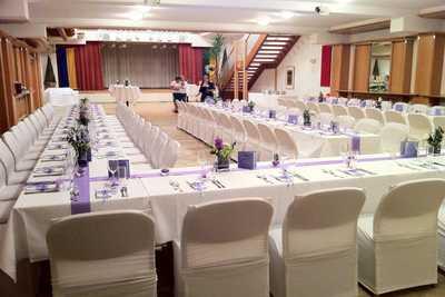Hochzeitstafel Grunerhof in Leobendorf - Catering Dreikönigshof