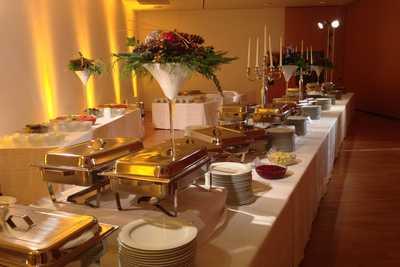 Veranstaltungszentrum Z2000 - Buffet für Weihnachtsfeier